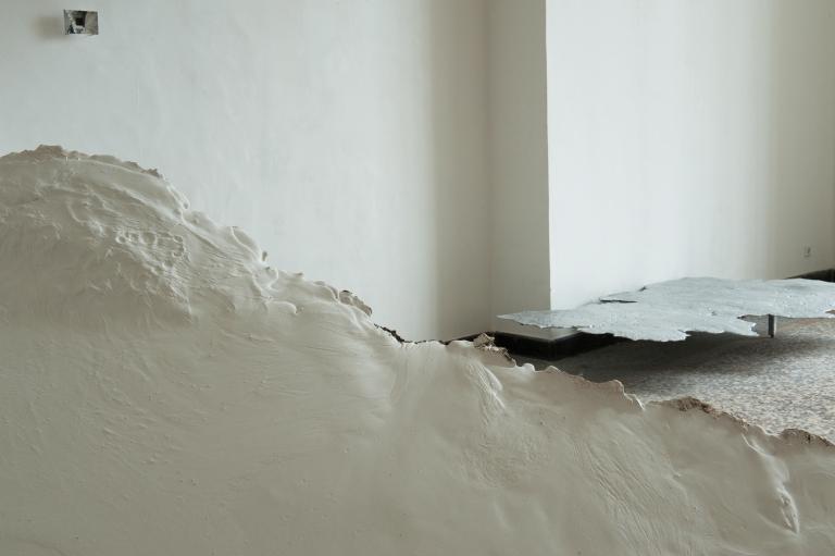 horizon (installation view)